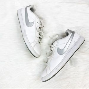 Nike white silver swoosh casual sneakers 8